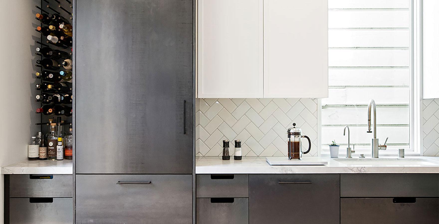Black and White Kitchens | Red Dot Studio